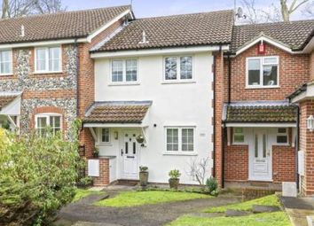 Spruce Drive, Lightwater GU18. 3 bed terraced house