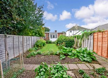 3 bed bungalow for sale in Sutton Road, Maidstone, Kent ME15