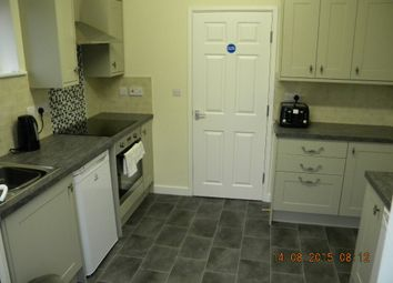 Thumbnail Room to rent in Edinburgh Walk, Worksop