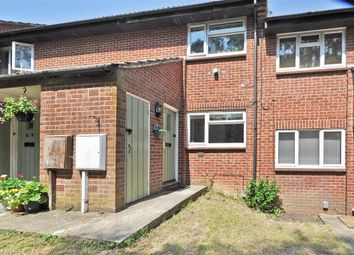 Thumbnail 1 bedroom maisonette for sale in Southbrook, Tollgate Hill, Crawley, West Sussex