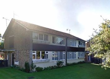Thumbnail 2 bed flat to rent in Woodside Grange Road, London