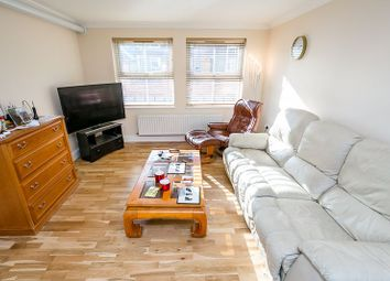 Godstone Road, Whyteleafe CR3. 1 bed flat