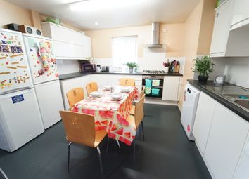 Thumbnail 6 bed flat to rent in Russell Street, Nottingham