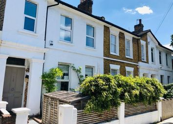 Thumbnail 6 bed terraced house to rent in Kings Grove, Peckham