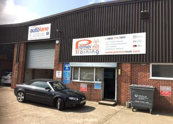 Thumbnail Parking/garage for sale in Newbury RG14, UK