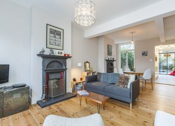 Thumbnail 2 bed terraced house to rent in Straightsmouth, London