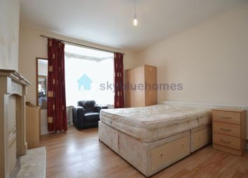 Thumbnail 4 bed detached house to rent in Greenhill Road, Leicester