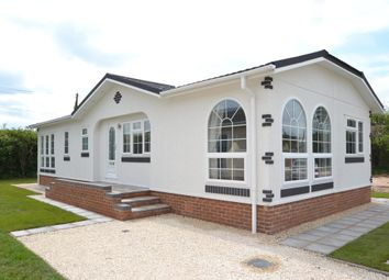 Thumbnail 2 bed mobile/park home for sale in Kings Head Home Park, Newport