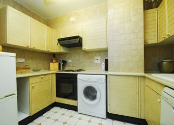 Thumbnail 1 bedroom flat to rent in Cheyne Walk, Chelsea