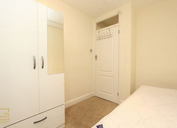 Thumbnail Room to rent in Northwood Hall, Archway, Highgate