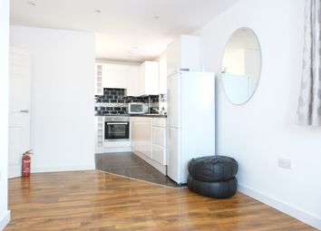 Thumbnail 1 bed flat to rent in Watford Way, Mill Hill