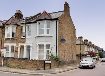 Thumbnail 2 bed flat for sale in Myddleton Road, London