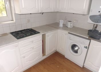 Thumbnail 2 bed flat to rent in Kings Road, Southsea