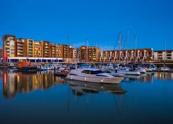 2 bed flat to rent in Newfoundland Way, Portishead, Bristol BS20