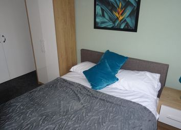 Thumbnail Room to rent in Eastbrook, Corby, Northants