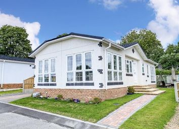 2 bed mobile/park home for sale in Station Hill, Curdridge, Southampton SO30