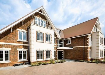 Thumbnail Flat for sale in Penn Road, Knotty Green, Beaconsfield