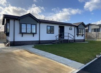 Thumbnail 2 bed mobile/park home for sale in Edkins Caravan Site, Aston Cantlow Road, Wilmcote, Stratford-Upon-Avon