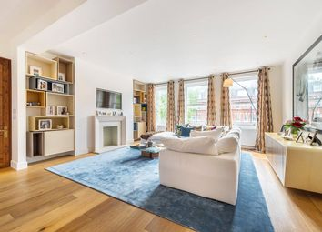 Thumbnail 2 bed flat for sale in Cheyne Gardens, London
