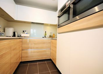 Thumbnail 1 bed flat to rent in Hoxton Warf, Islington