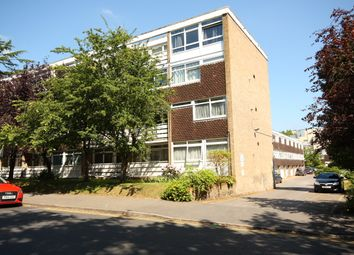 Thumbnail 2 bedroom flat to rent in Hillview Court, Woking