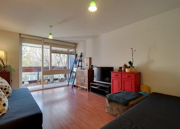 Thumbnail 3 bed flat for sale in Dighton Court, John Ruskin Street, London