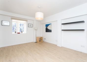 Thumbnail 1 bed flat to rent in Newlands Quay, Wapping, London