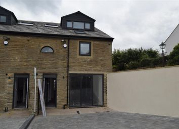 Thumbnail 3 bed town house to rent in Baxter Lane, Northowram, Halifax