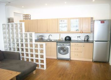 Thumbnail 2 bed flat to rent in Woodland Way, Mill Hill