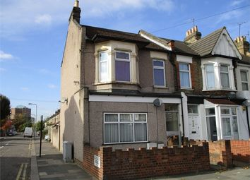 Thumbnail 2 bedroom flat for sale in Lowbrook Road, Ilford, Essex