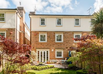 Thumbnail 5 bed town house to rent in Hanger Hill, Weybridge