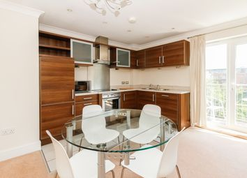 2 bed flat to rent in William Lucy Way, Oxford OX2