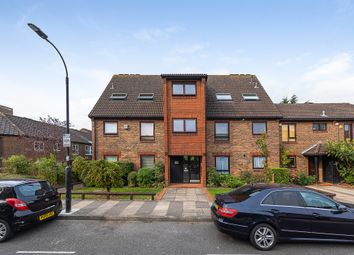 Abbey Gardens, London W6. 1 bed flat