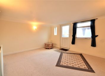 1 bed flat for sale in East Grinstead, West Sussex RH19