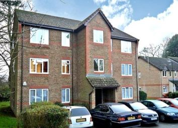 2 bed flat to rent in Nutfield Court, Southampton SO16