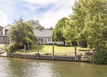 Thumbnail 3 bed bungalow to rent in River Bank, Thames Ditton