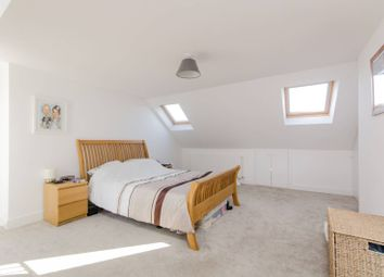 Thumbnail 4 bed maisonette to rent in Oxford Avenue, Wimbledon