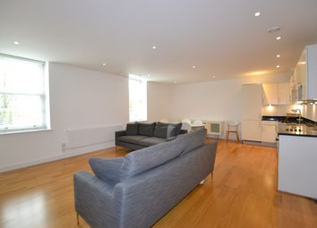 Thumbnail 2 bed flat to rent in Clapham Common South Side, London, London