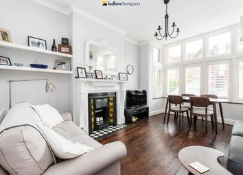 Thumbnail 2 bedroom flat to rent in Chatsworth Gardens, London