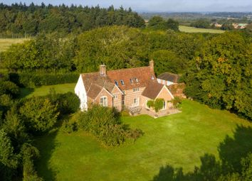 Sapley Lane, Overton, Basingstoke, Hampshire RG25. 6 bed detached house
