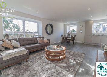 Thumbnail 2 bedroom flat for sale in Lampits, Hoddesdon