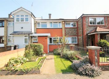 Sunnymede, Chigwell IG7. 3 bed terraced house