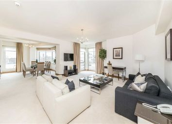 Thumbnail 3 bed flat to rent in Arlington Street, London