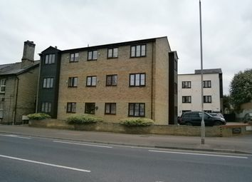 Thumbnail 2 bed flat to rent in Kneesworth Street, Royston