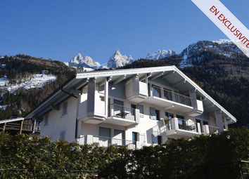 Thumbnail 3 bed apartment for sale in Rue Helbronner, 74400 Chamonix, France