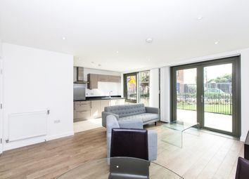 Thumbnail Flat to rent in Bootmakers Court, The Watermark, Limehouse