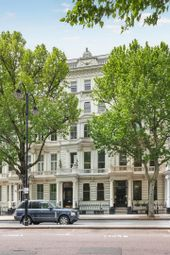 Thumbnail 4 bed maisonette for sale in Queens Gate, London