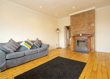 Thumbnail 1 bed flat to rent in Hale Lane, Edgware