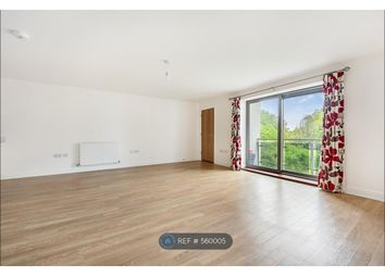 2 bed flat to rent in Fleming House, Earlsfield SW17