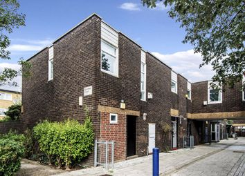 Thumbnail 4 bed semi-detached house to rent in Queensbridge Road, London